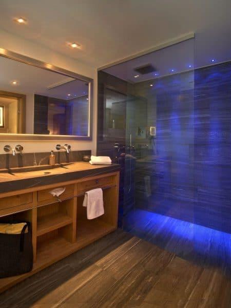 Badezimmer im Hotel Tirol