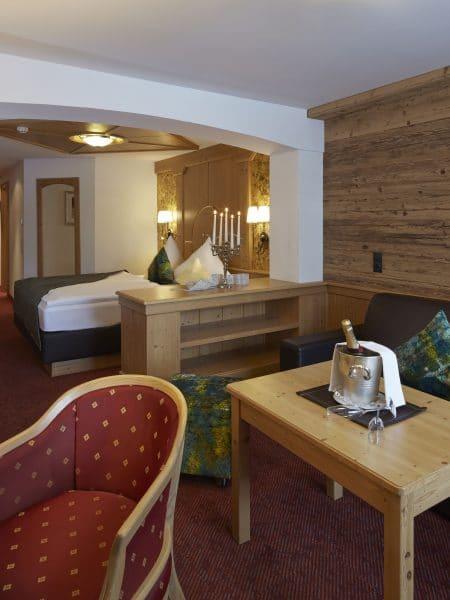 Klassisches Doppelzimmer im Hotel Tirol