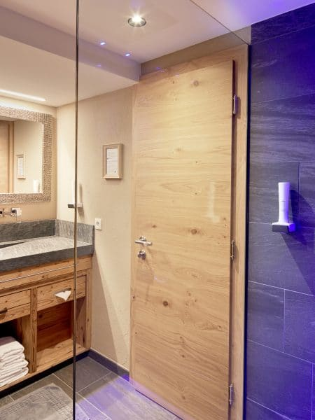 Doppelzimmer Tirol im Hotel Tirol in Ischgl